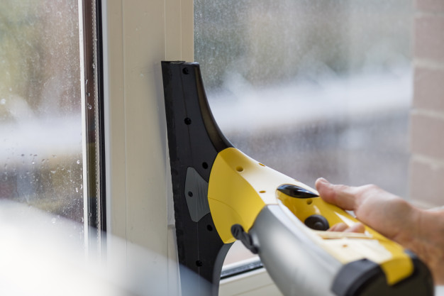 Questions to Ask Before You Buy a Window Vacuum Cleaner