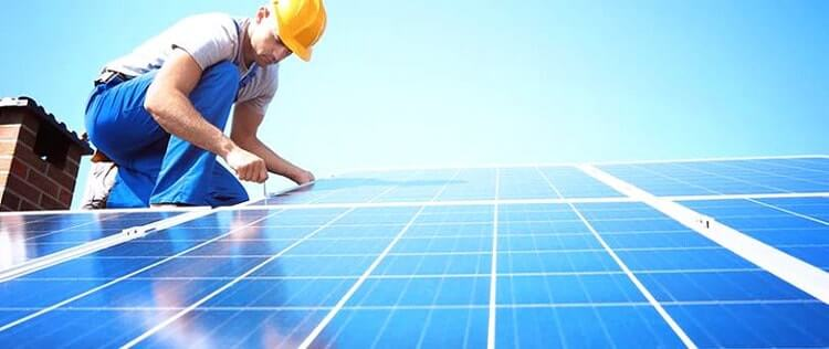 What's the Average Solar Panel Maintenance Costs?